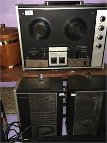 A SANYO REEL TO REEL TAPE RECORDER Other Items For Sale 1
