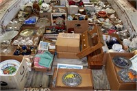 Misc Antiques/Collectibles on Trailer