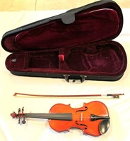 Meadow Violin w/case (view 2)