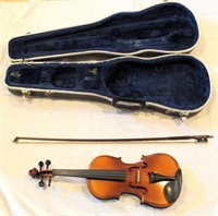 HyoJeong Violin w/hard case (view 2)
