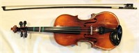 Antonius Stradivarius Violin, no. 7705/Germany, w/Suzuki case (view 1)