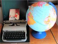 Old Manual Typewriter, Globe