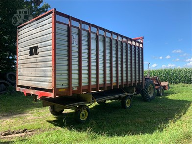 H & S Forage Wagons For Sale - 155 Listings | TractorHouse