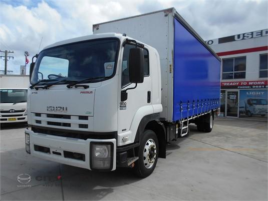 2011 Isuzu FTR City Hino - Trucks for Sale