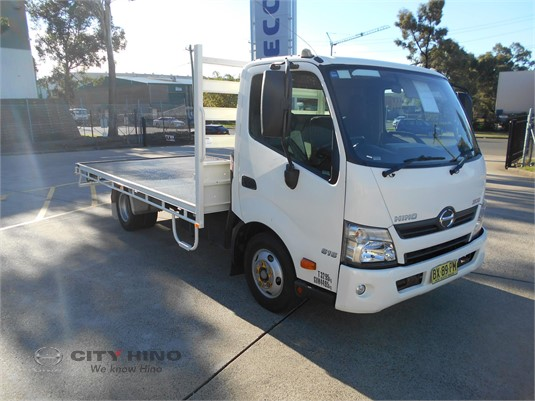 2013 Hino 300 Series City Hino - Trucks for Sale