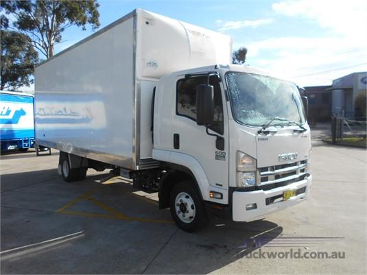 2016 Isuzu FRR - Trucks for Sale