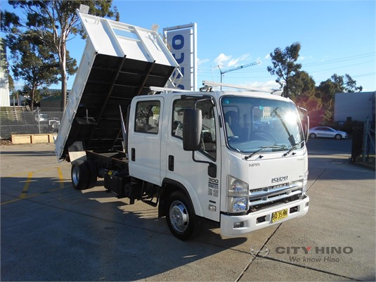 2012 Isuzu NPR City Hino - Trucks for Sale