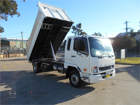 2016 Mitsubishi Fighter 14 City Hino - Trucks for Sale