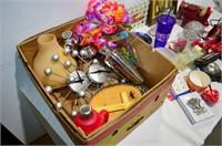 Box of Bar Items, Décor