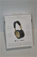 Bowers & Wilkins PX Active Noise Cancelling