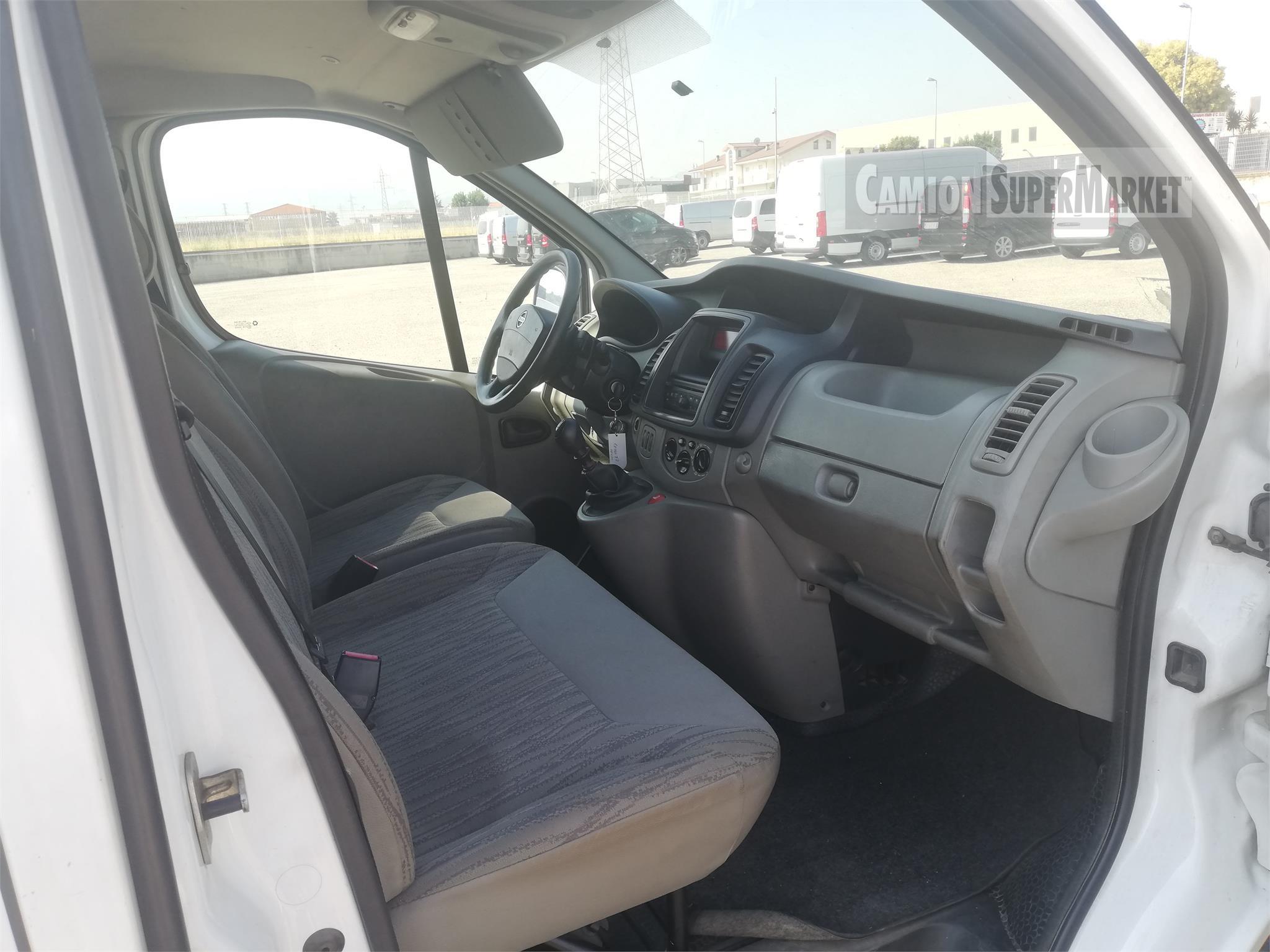 Nissan PRIMASTAR 115DCI used 2013