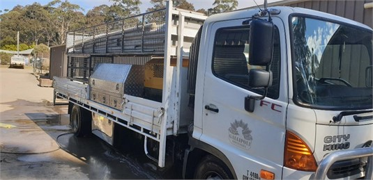2010 Hino 500 Series 1124 FC - Trucks for Sale