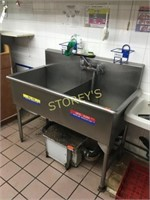 S/S Dbl Well Sink w/ Taps - 51 x 26 x 36