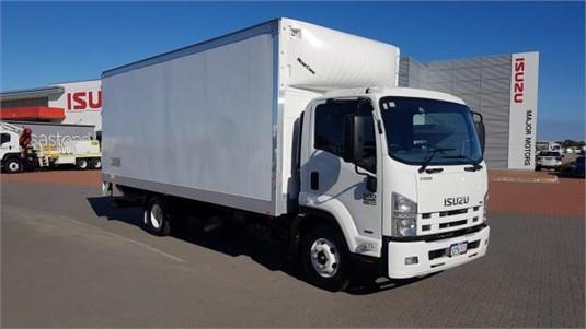 2011 Isuzu FRR 500 - Trucks for Sale