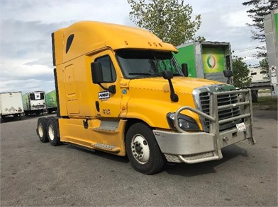 Freightliner Cascadia 125 Conventional Trucks W Sleeper For