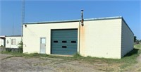 Commercial Building - Hwy 183 Frontage, Clinton, OK