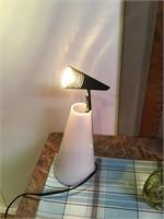 Table top LED spotlight