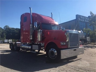 FREIGHTLINER FLD132 CLASSIC XL Trucks For Sale - 117