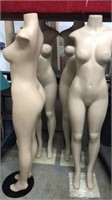 4 Mannequins w Metal Stands W4C