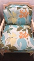 Pair of Indoor Accent Chairs Q12B