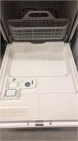 White GE Dishwasher Y3A