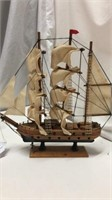 4 Wooden Model Ships Q11B