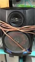 Assortment of 6 Speakers Q12D