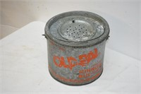 Old Pal Floating Minnow Bucket with Insert