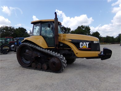 CATERPILLAR Tractors Online Auctions - 2 Listings