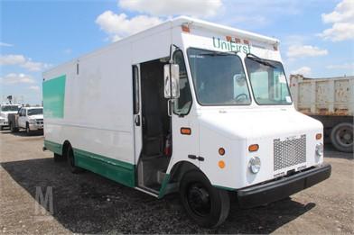 WORKHORSE Step Van Trucks / Box Trucks For Sale - 98