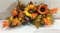 Assorted Thanksgiving Decorations M11A