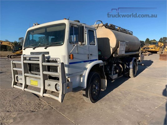 1986 International Acco 2250D - Trucks for Sale