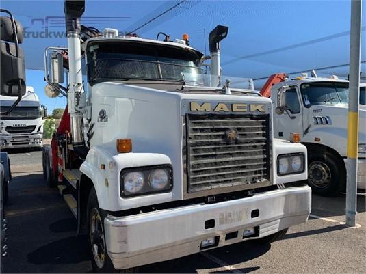 2006 Mack Trident Cls - Trucks for Sale