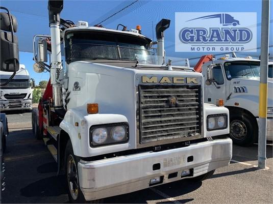 2006 Mack Trident Cls Grand Motor Group  - Trucks for Sale