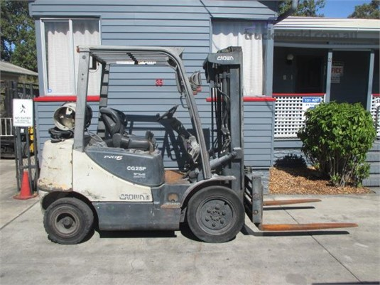 2011 Crown CG25P-5 - Forklifts for Sale