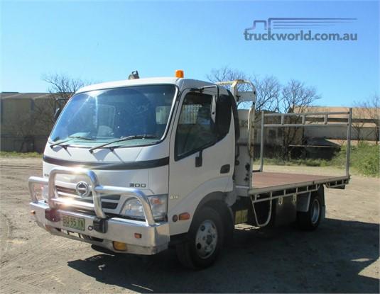 2009 Hino 300 Series 616 - Trucks for Sale