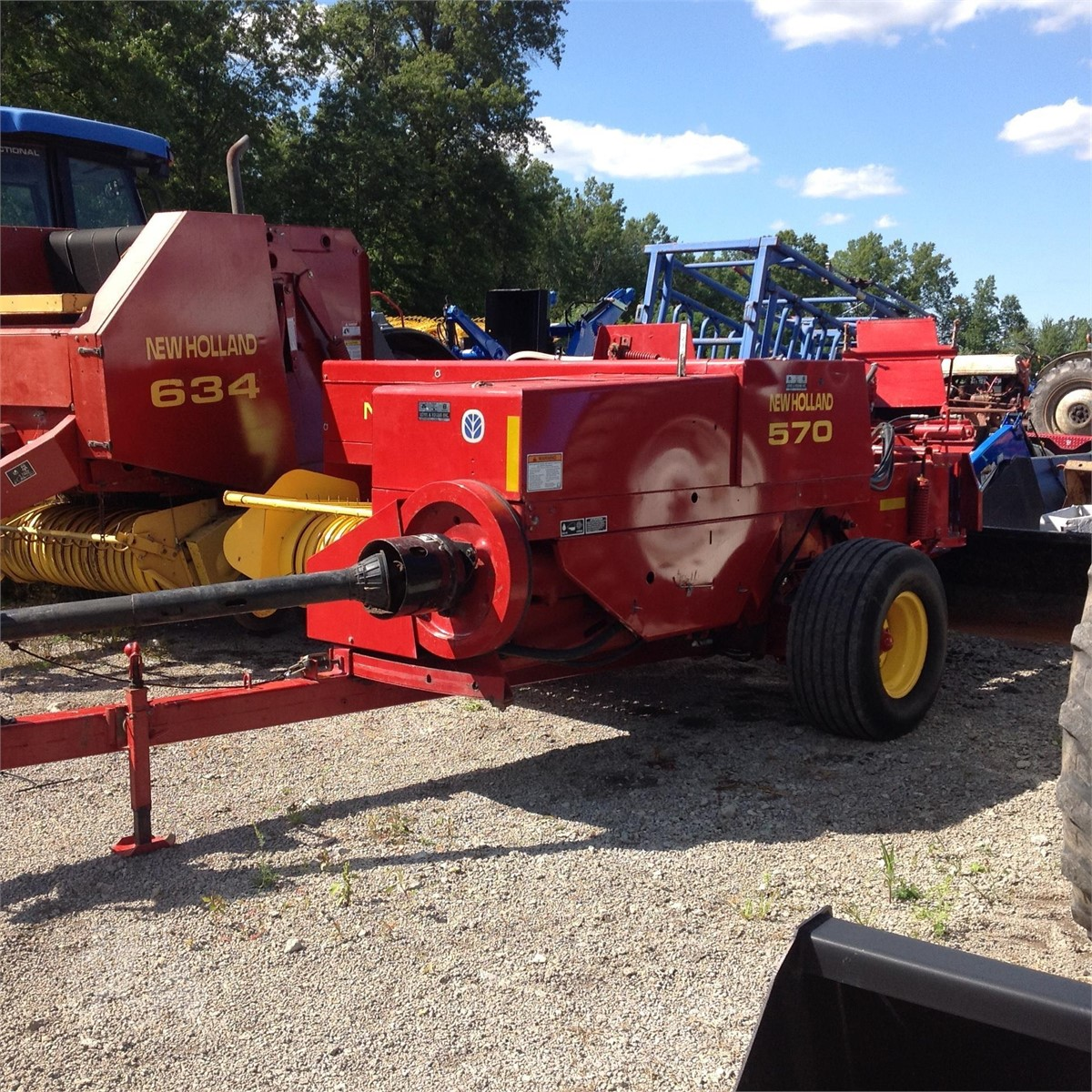 NEW HOLLAND 570 For Sale In Rootstown, Ohio