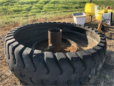 8' TIRE WATER Other Online Auctions - 1 Listings