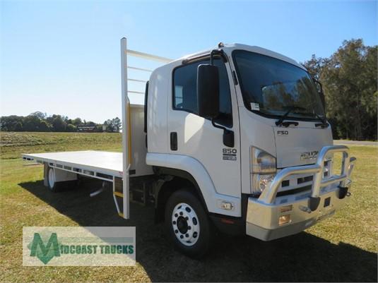 2011 Isuzu FSD 850 Long Midcoast Trucks - Trucks for Sale