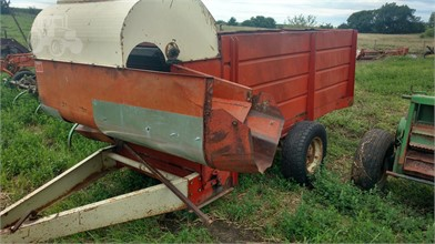 GEHL Feed/Mixer Wagon For Sale - 11 Listings | TractorHouse