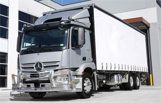 Mercedes Benz Actros 2530 6x2 Rigid