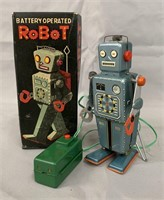 Tin Litho Easel-Back Robot Battery-Operated Toy.