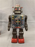 Japanese Tin Litho Battery Operated Fighting Robot