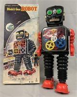 Taiyo Japan Blink-A-Gear Tin Robot. Boxed.