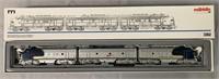 Marklin HO 3362 Santa Fe F7 ABA Diesels