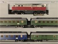 Marklin HO 2864 German Express Passenger Train