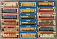 36 Boxed Life Like HO Thrall Door Boxcars