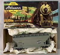 34 Boxed Athearn HO Freight Car Kits, some Assembl