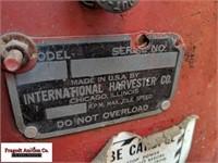 "International T-9 Crawler, 18"" Tracks, 8' Blade, S"