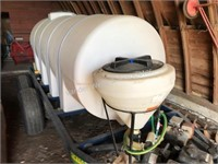 1100 gal poly water tank with gas motor